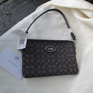 COACH 52574 Small Wristlet in Signature wallet